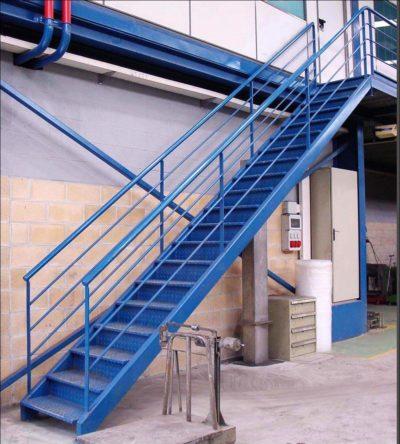Fabricaion de escalera metalica